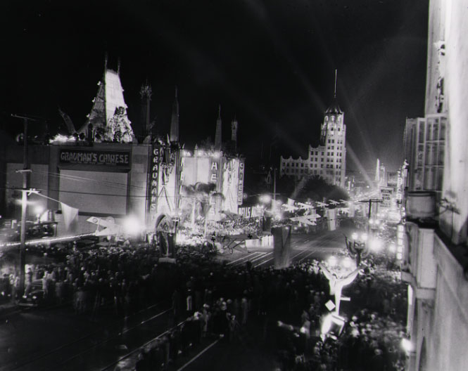 Hollywood Boulevard, Opening of Hell's Angels, 1927